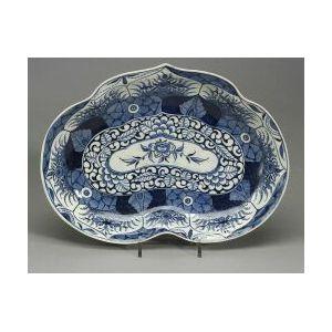 Worcester Porcelain Kangxi Lotus Pattern Serving Dish