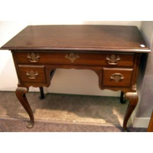 Henry Cockerell Queen Anne Style Mahogany Dressing Table