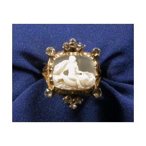 Antique 18kt Gold, Shell Cameo and Diamond Ring