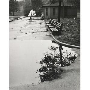 André Kertész (Hungarian/American, 1894-1985)      Homing Ship, October 13, 1944