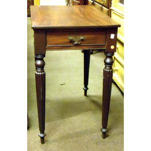 Federal Mahogany Reeded Leg Table with End Drawer.