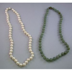 Cultured Pearl Single-strand Necklace and a Nephrite Beaded Necklace