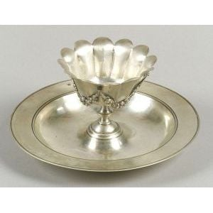 Neoclassical-style Silver Serving Dish
