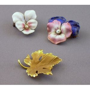 Two Enamel Pansy Brooches and 14kt Gold Leaf Brooch